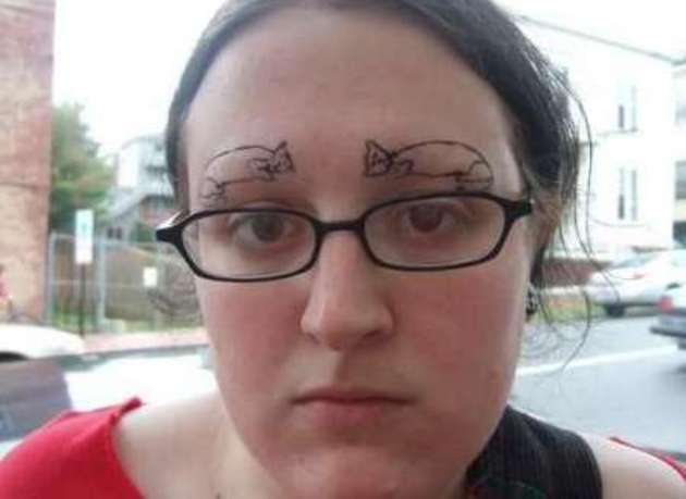 tatuajes de cejas mal hechos 5