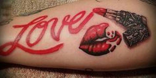 besos 6 - Tatuajes de labios