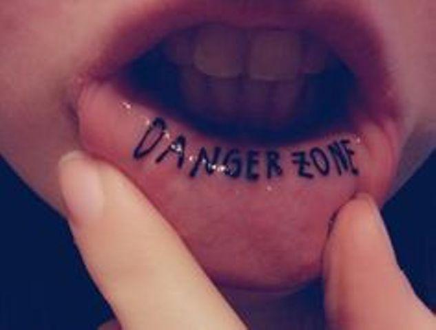en los labios 5 - Tatuajes de labios