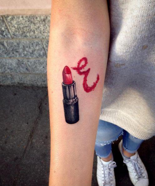 pintalabios 1 1 - Tatuajes de labios