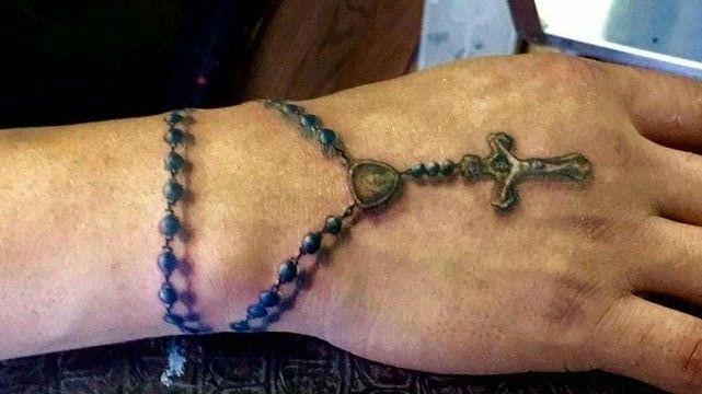 cruz en la mano 6