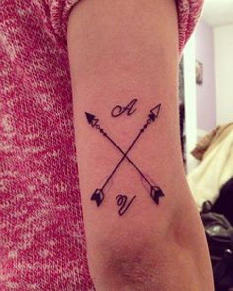 flechas cruzadas 3 - tatuajes de flechas