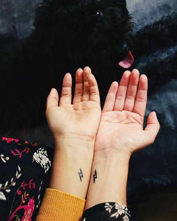 hermanas mujeres 1 - tatuajes para hermanas