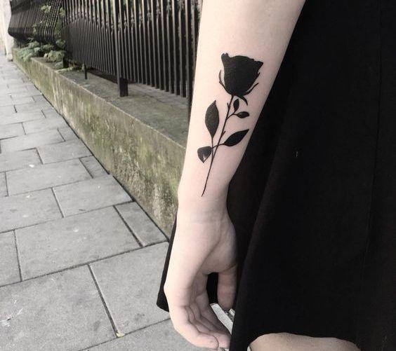 tinta negra 6 - tatuajes de tinta blanca