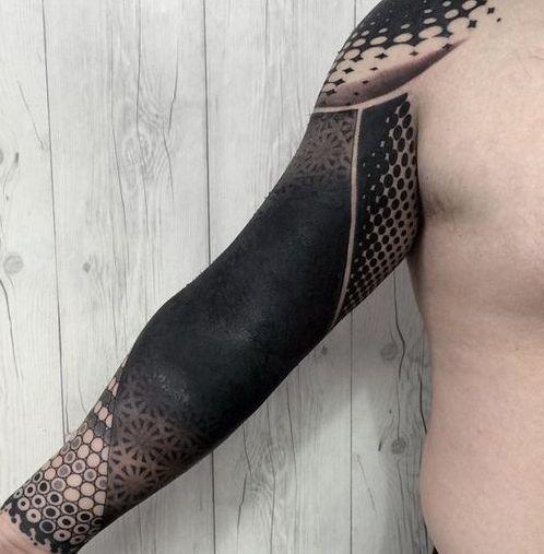 tinta negra 7 - tatuajes de tinta blanca
