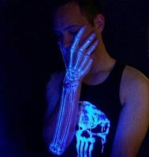 ultravioleta 3 - tatuajes de tinta blanca