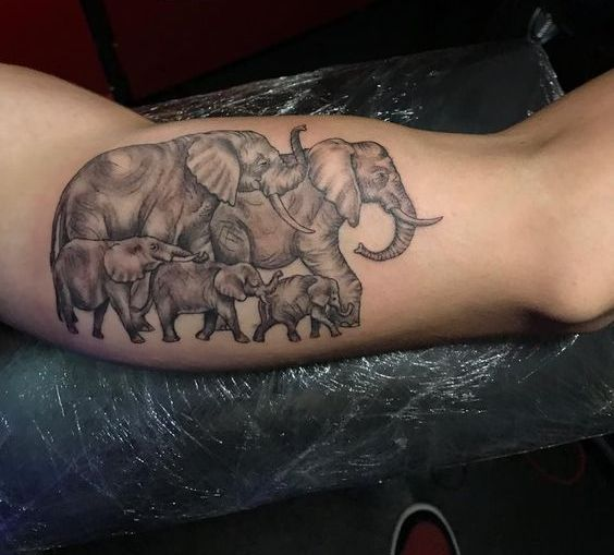 familia de elefantes - tatuajes de familia