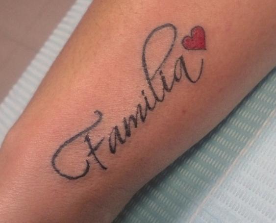 familia en el brazo 4 - tatuajes de familia