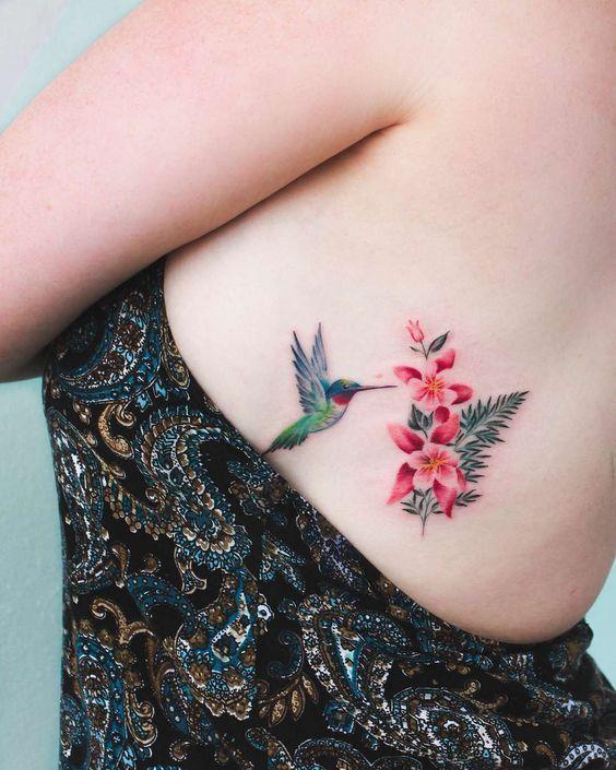 colibri mujeres 5 - tatuajes de colibrí