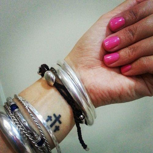 tatuajes religiosos en muñeca 4