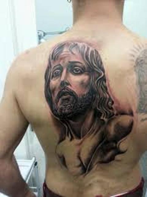 tatuajes religiosos espalda 6