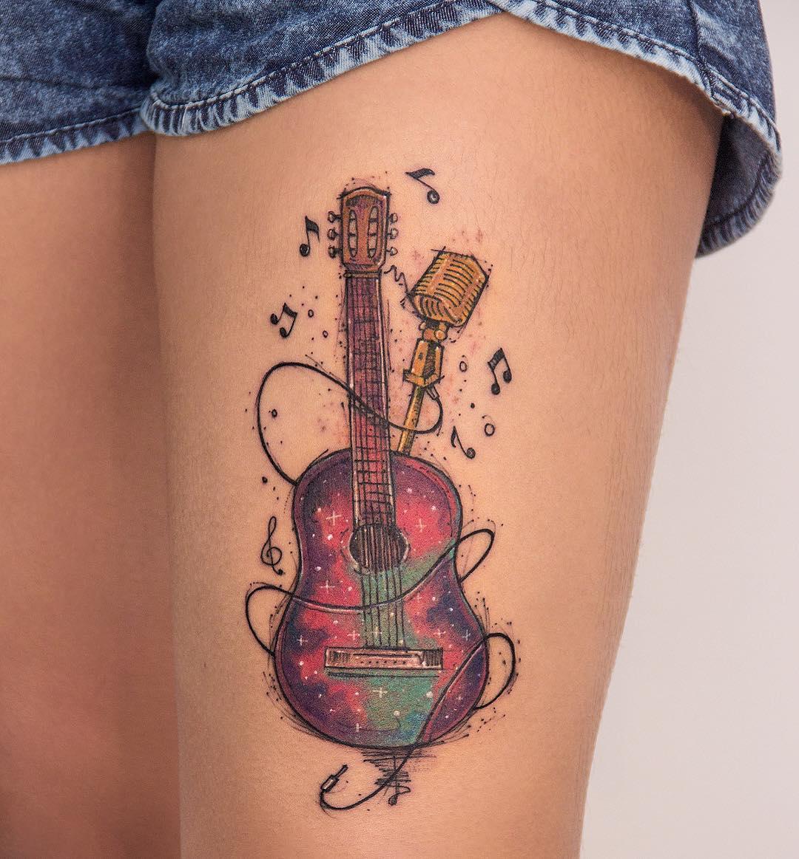 guitarras mujeres 7 1 - tatuajes de guitarras