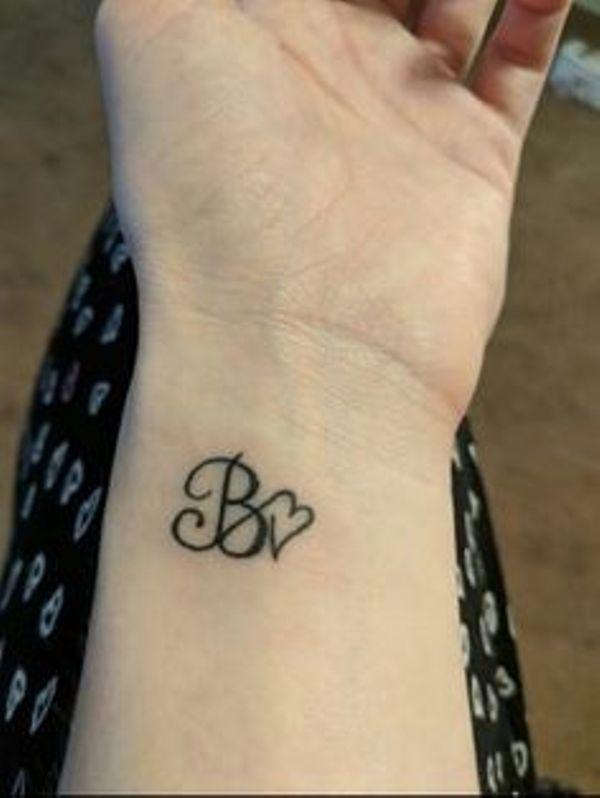 imagenes iniciales 5 - tatuajes de iniciales