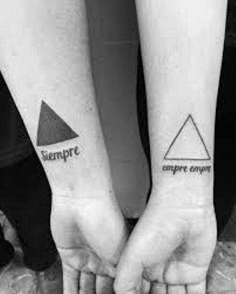 triangulos negros 3