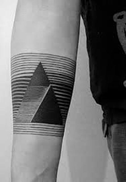 triangulos negros 4